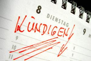 Kuendigen - Eintrag in einen Kalender [ (c) www.BilderBox.com,Erwin Wodicka,Siedlerzeile 3,A4062 Thening,Tel.+43 676 5103 678. Verwendung nur gegen HONORAR, BELEG, URHEBERVERMERK und den AGBs auf bilderbox.com ] (in an im aus als and und beim mit einen einer einem eines + * - & , der die das . ), Abeitssuche, Arbeitslos, Arbeitslose, Arbeitslosengeld, Arbeitslosenhilfe, Arbeitslosenunterstuetzung, Arbeitslosenunterstützung, Arbeitsloser, Arbeitslosigkeit, Arbeitsmarkt, Arbeitsmarktsituation, Arbeitssuche, Arbeitssuchende, Beschaeftigungslage, Beschäftigungslage, business, economy, entlassen, Entlassung, fristlos, fristlose, gekuendigt, gekündigt, Geschaeftswelt, Geschäfte machen, Geschäftliches, Geschäftswelt, Jobsuche, Jobsuchende, kuendigen, Kuendigung, Kuendigungsschutz, kündigen, Kündigung, Kündigungsschutz, Mitarbeiter, Stellensuche, Stellensuchende, Unternehmen, Unternehmerisches, Volkswirtschaft, wirtschaftliches, Wirtschaftsprogramm