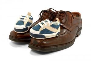 Anwalt für Erbrecht München - Schuhe von Kind und Erwachsenen