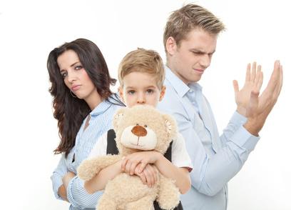 Kind leidet unter Scheidung - Streit um das Sorgerecht