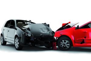 Verkehrsunfall - Unsere Anwälte für Verkehrsrecht stehen Ihnen bei Fahrzeugschäden zur Seite